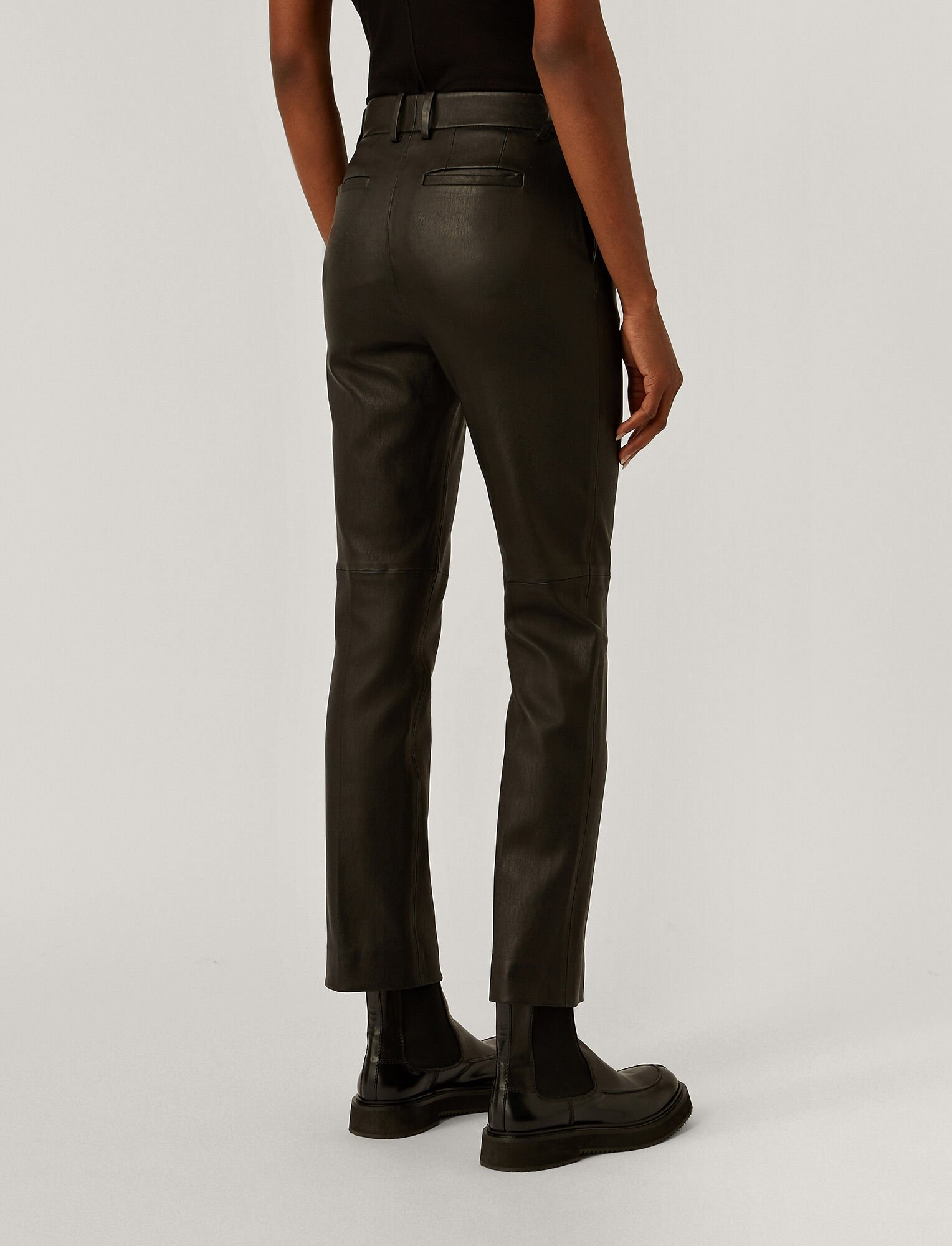 Joseph, Leather Stretch Coleman Trousers, in Black