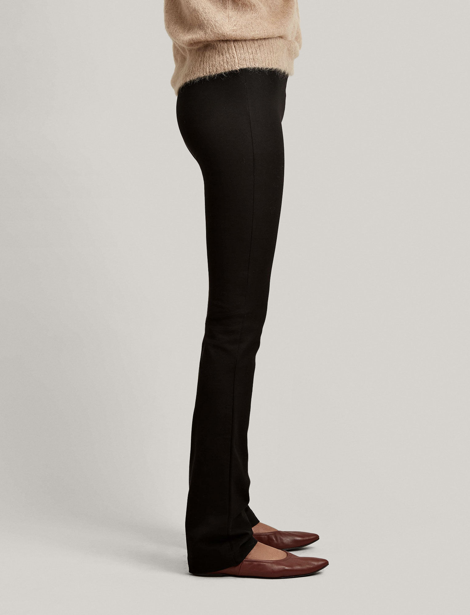 Joseph, Gabardine Stretch Lex Trouser, in BLACK