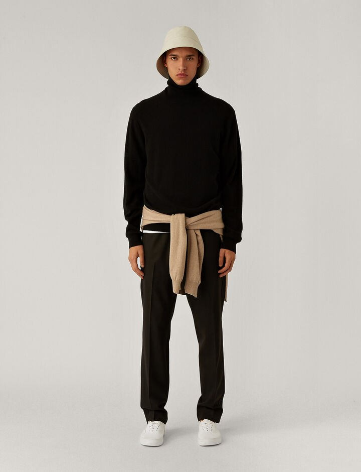 Joseph, Roll Neck Cashmere Knit Knitwear, in Black
