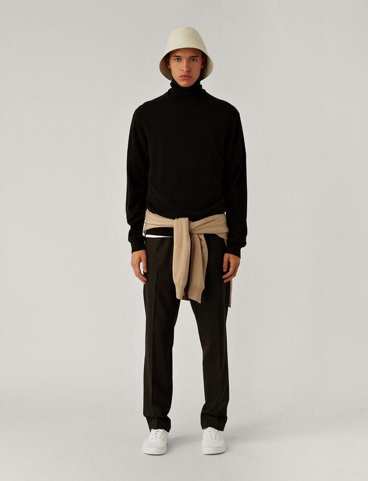 Joseph, Roll Neck Cashmere Knit Knitwear, in Black