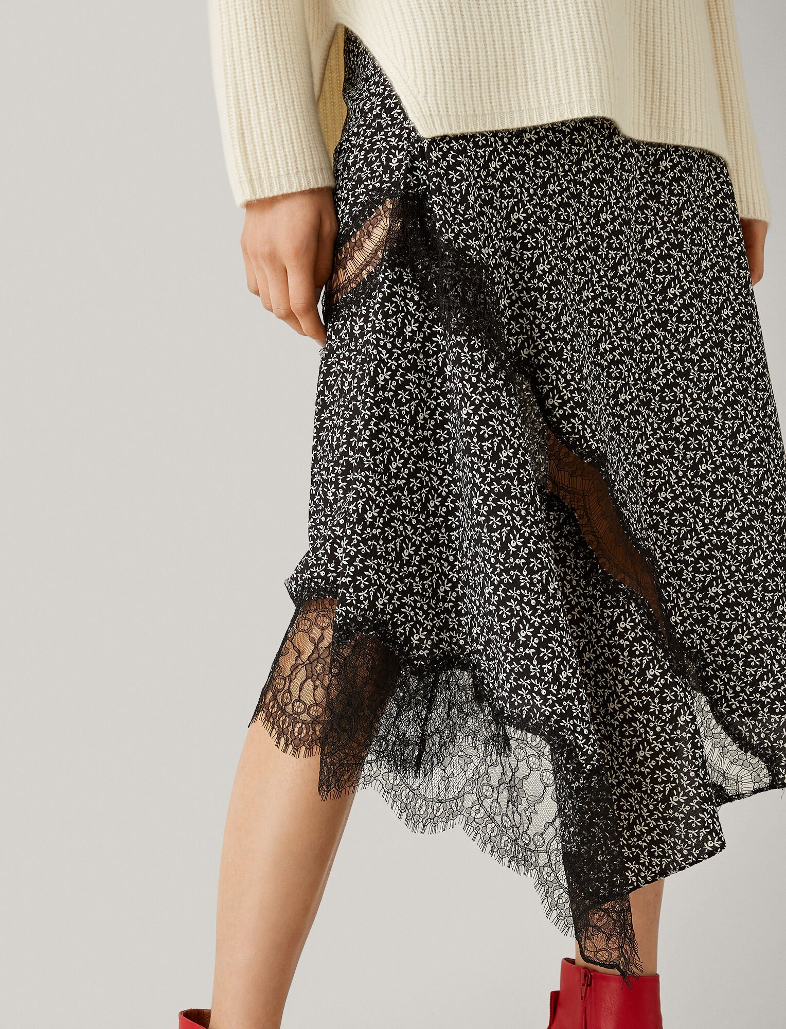 Joseph, Templer Floral Lace Skirt, in BLACK
