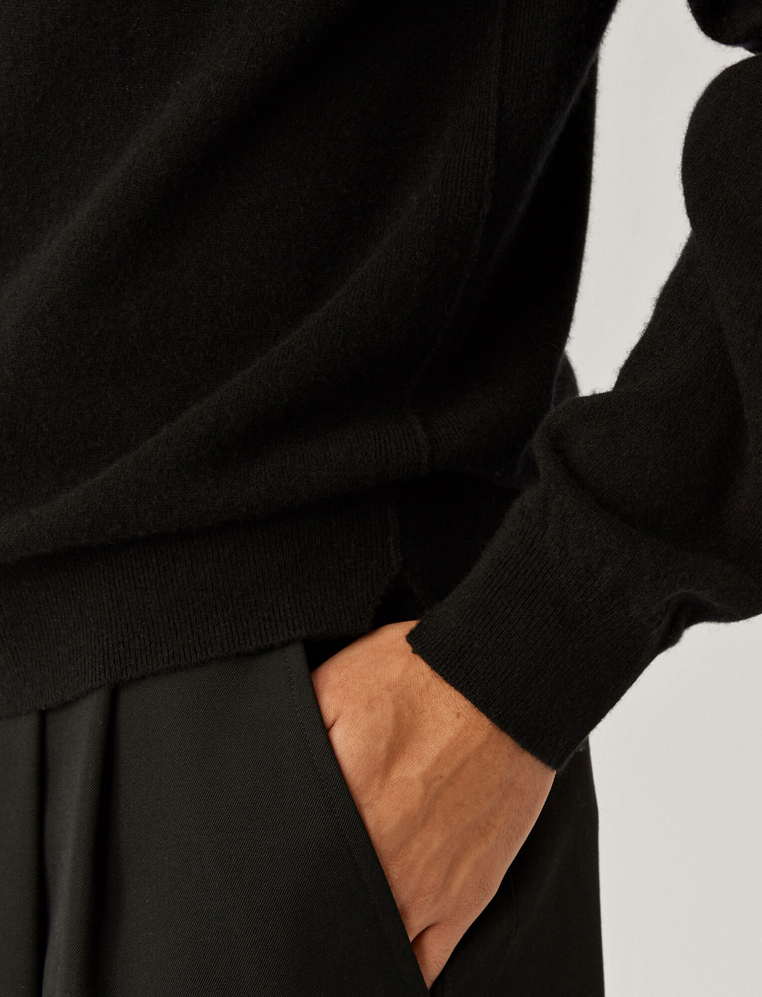 Joseph, Cashmere Knit, in Black