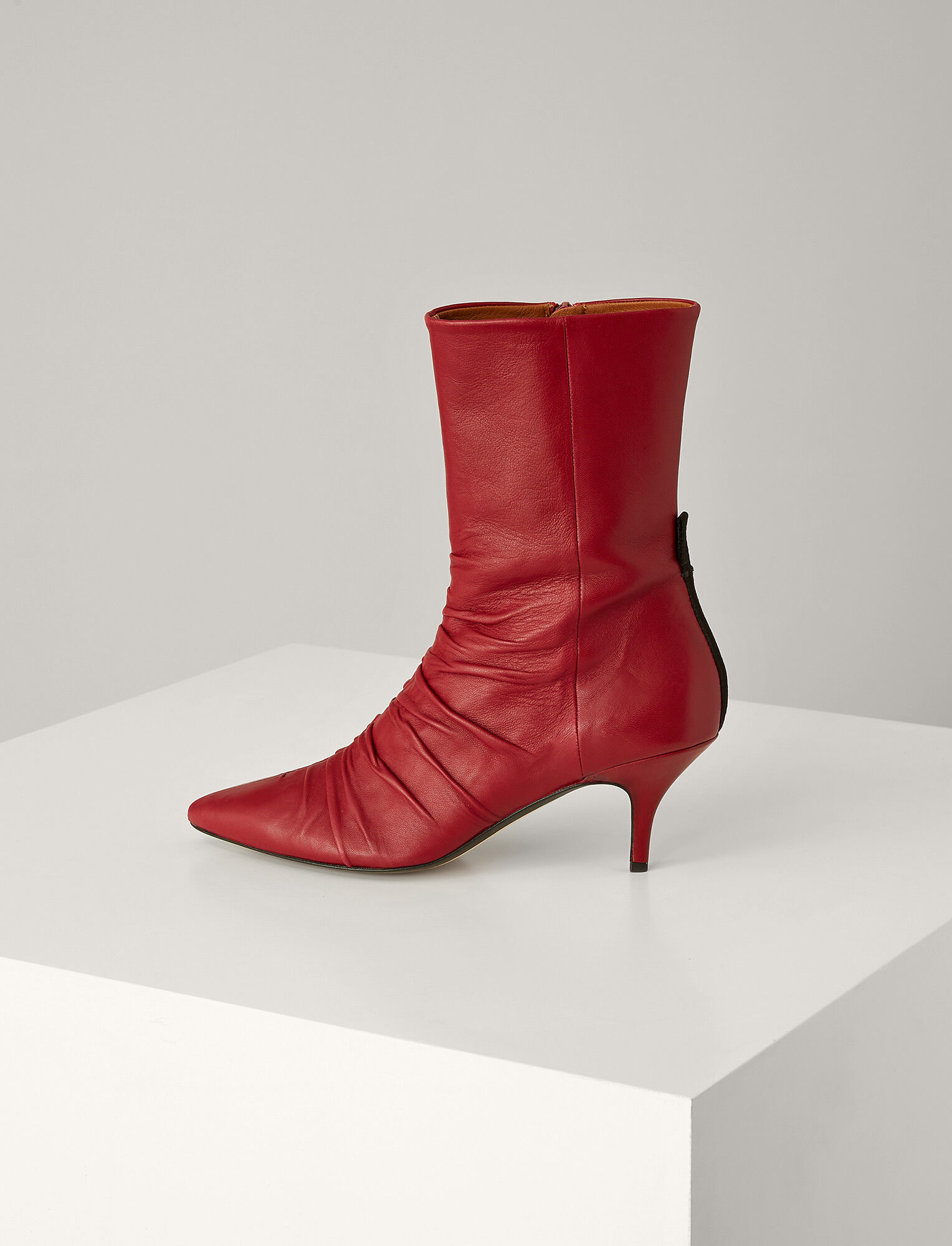 Joseph, Bottines Bianca en cuir, in GARNET