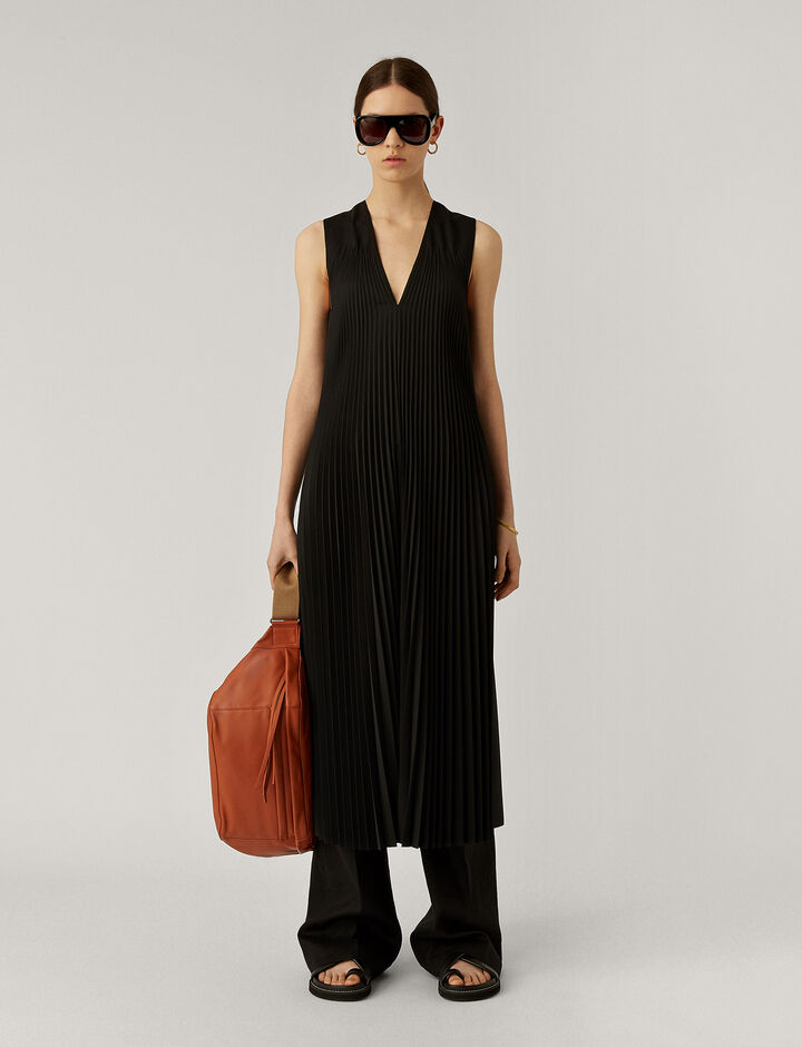 Joseph, Enid Pleated Wool Dress, in BLACK
