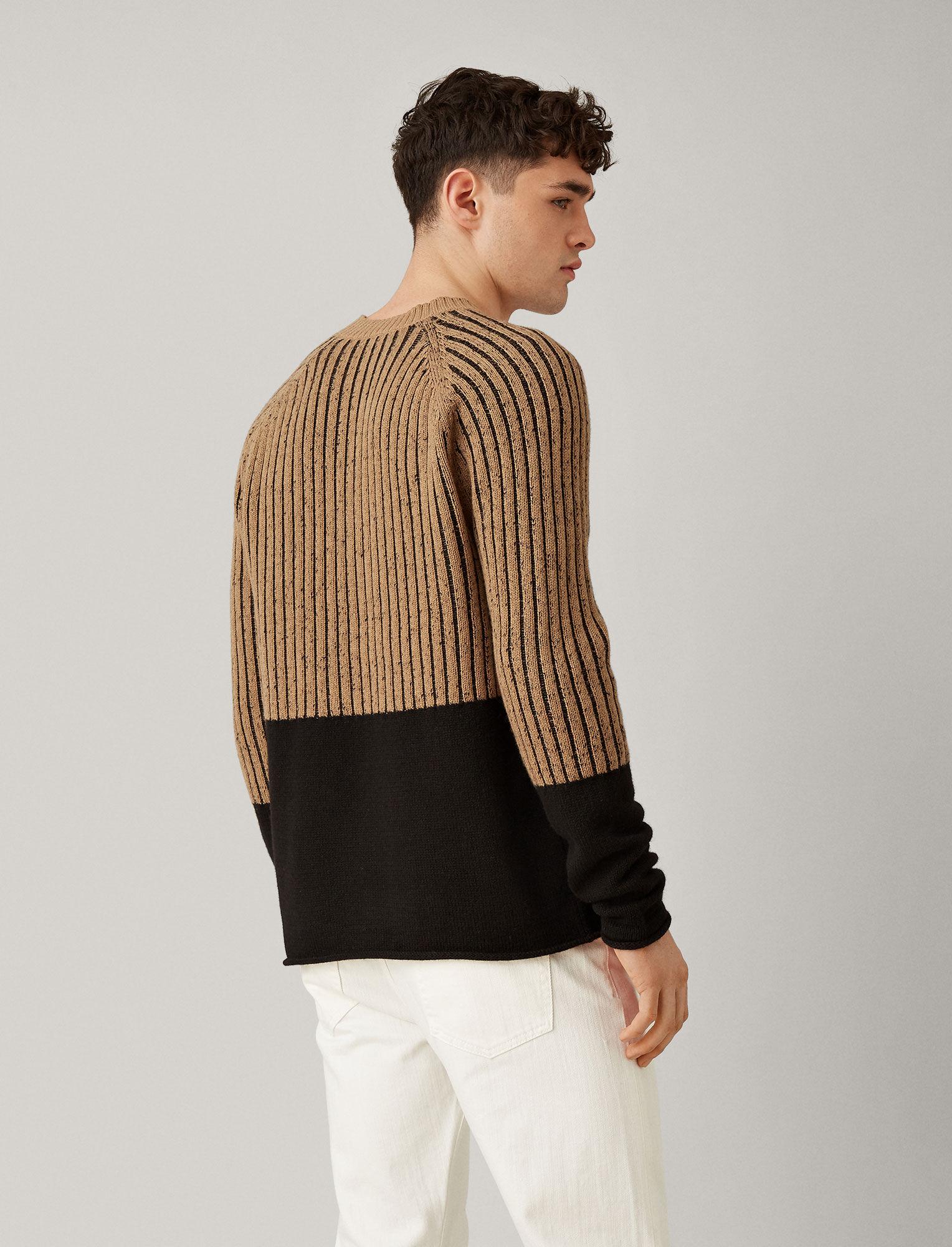 Joseph, V Neck Soft Wool Block Knit, in CAMEL/BLACK