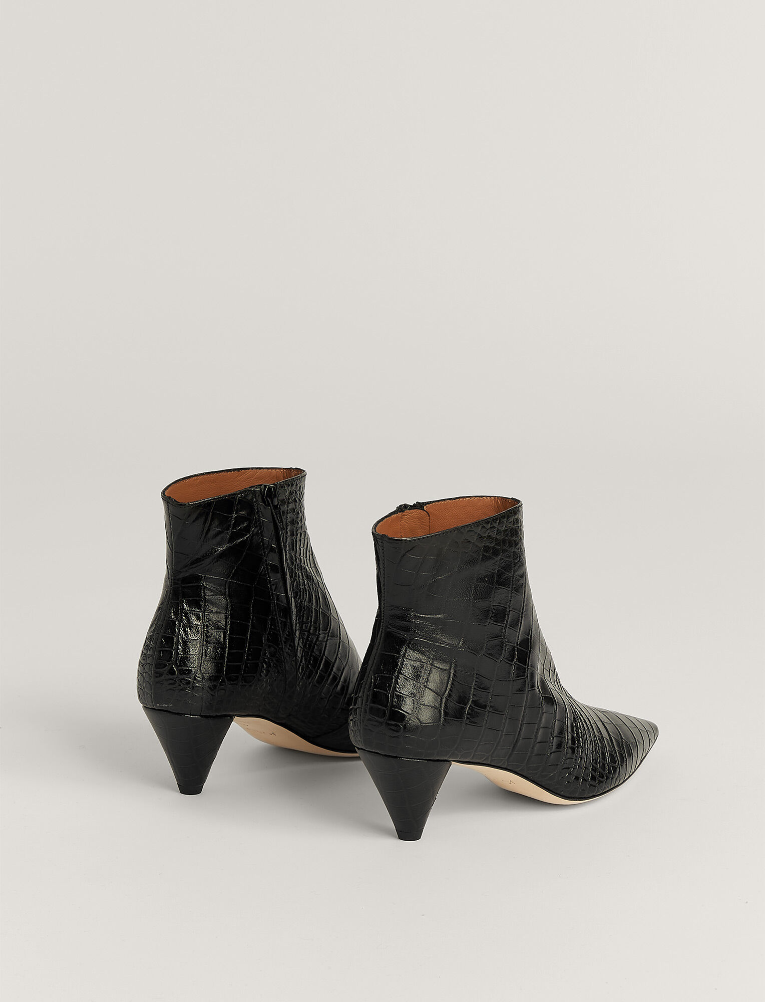Joseph, Hanae Leather Ankle Boot, in BLACK