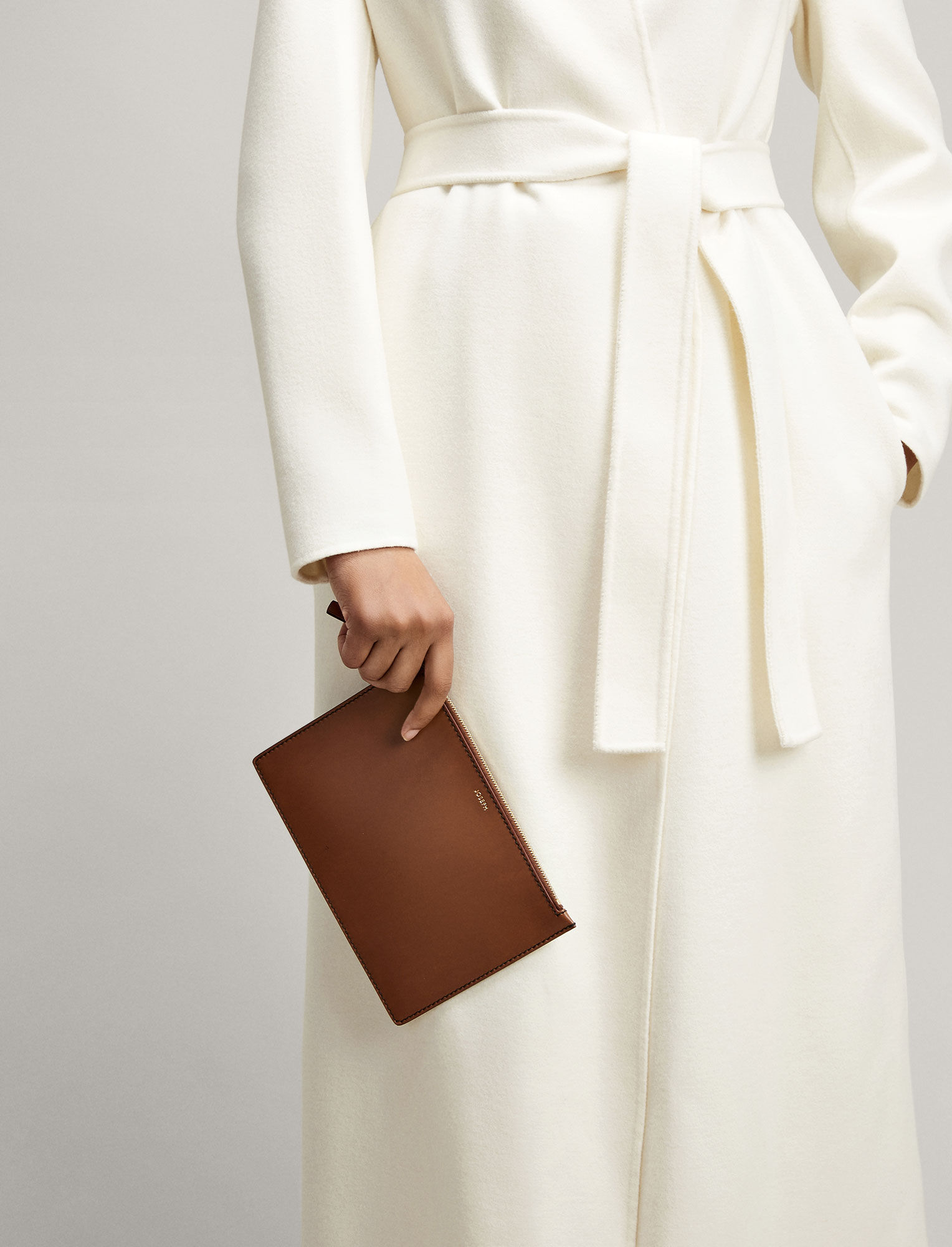 Joseph, Calf Leather Large Pouch, in SADDLE