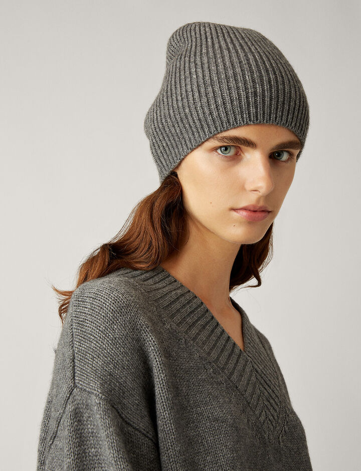 Joseph, Wool Cashmere Knit Hat, in DARK GREY
