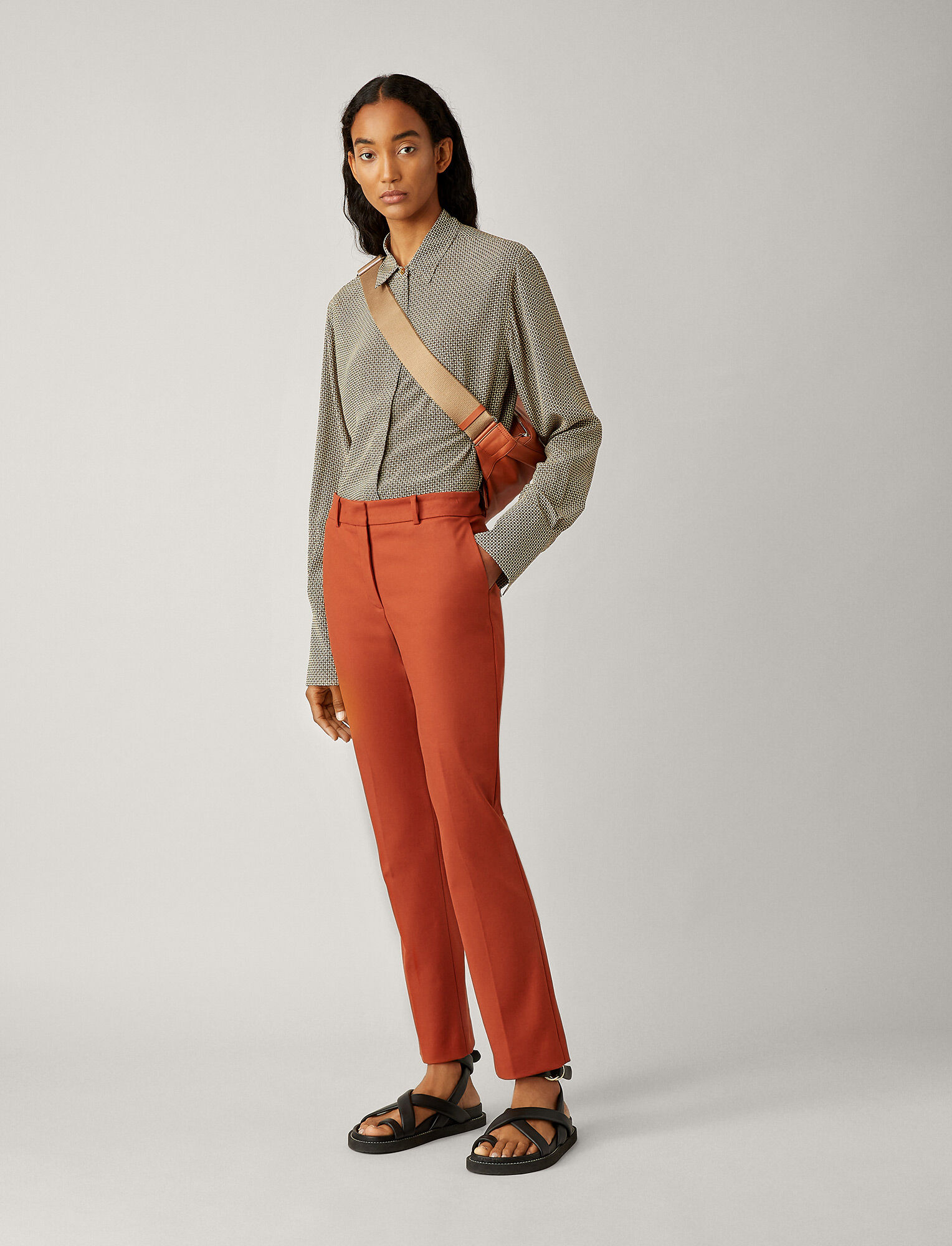 Joseph, Pantalon Coleman en double coton stretch, in RUST