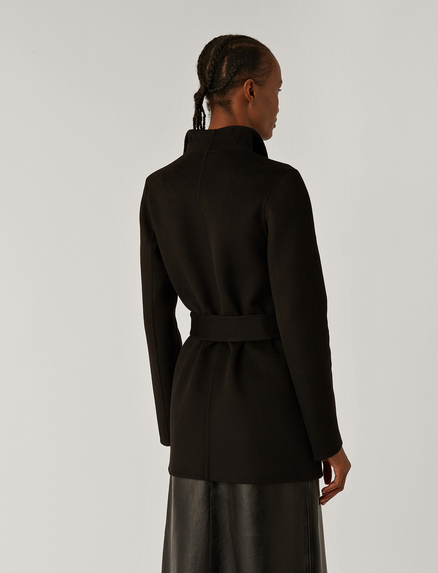 Joseph, Manteau court Lima en double cachemeire, in BLACK