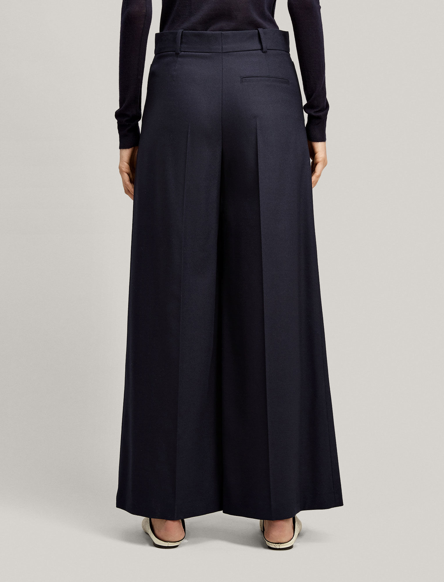 Joseph, Dana Flannel Stretch Trousers, in NAVY
