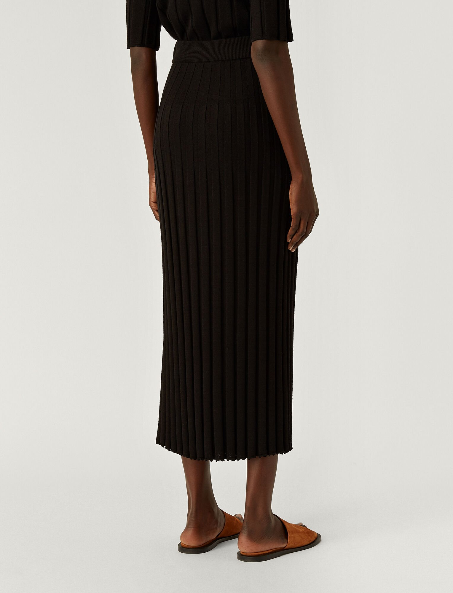 Joseph, Textured Rib Skirt, in BLACK