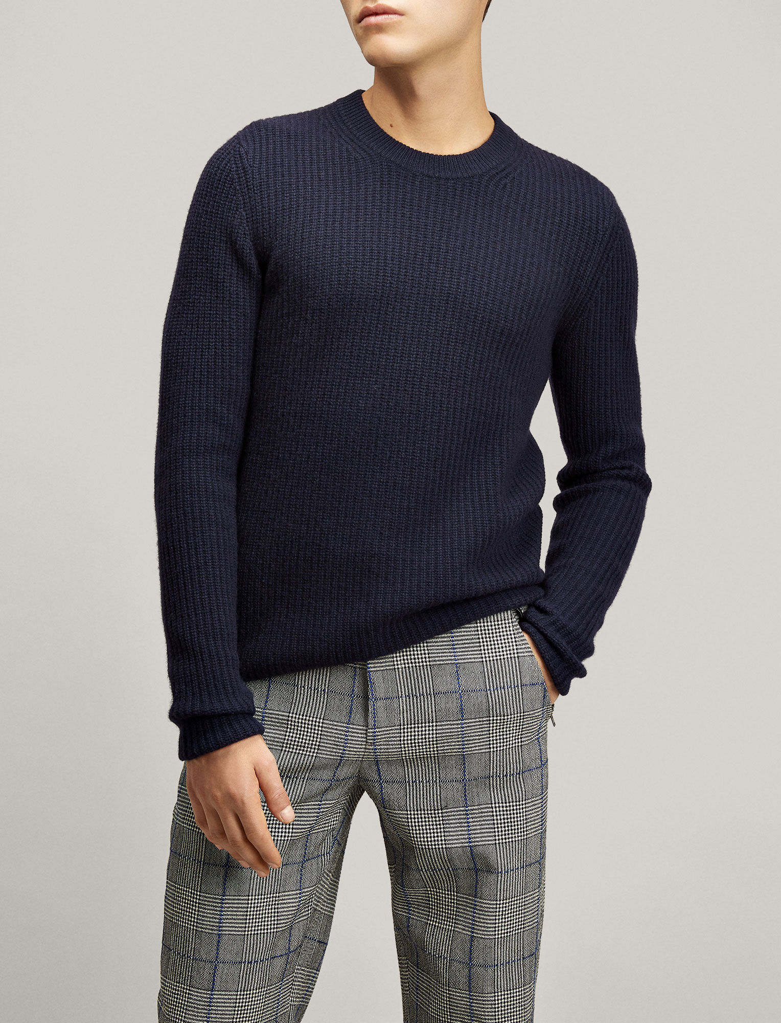 Joseph, Pull col rond en cachemire militaire, in NAVY