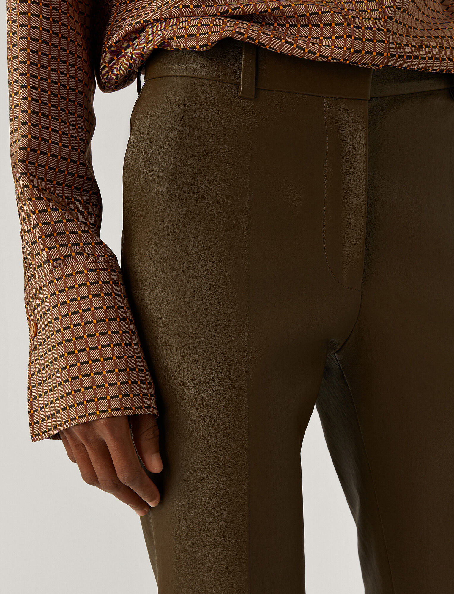 Joseph, Coleman Leather Stretch Trousers, in Moss
