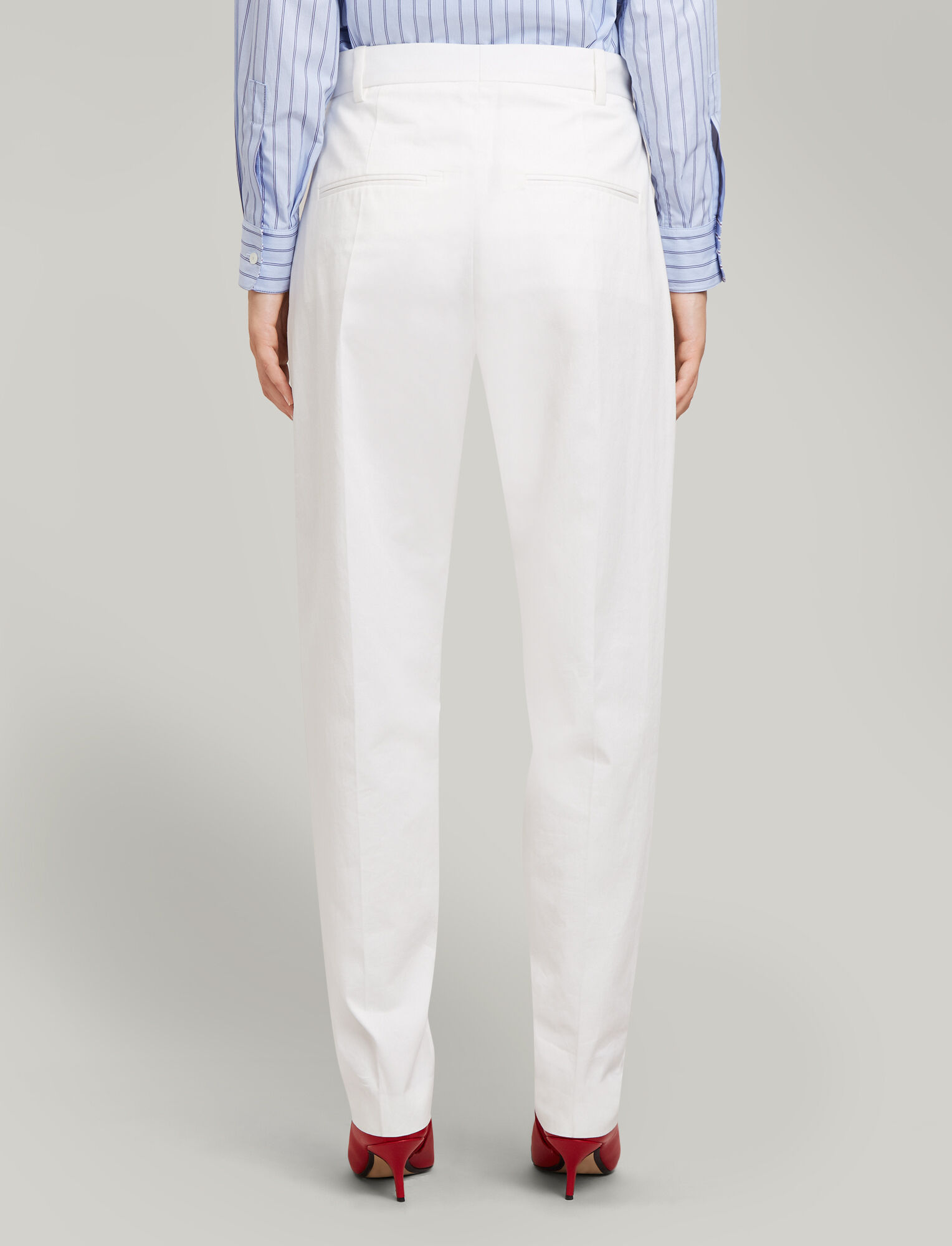 Joseph, Electra Everyday Chino Trousers, in OFF WHITE